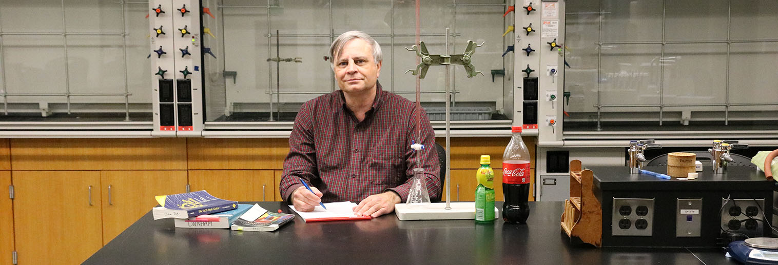 Carl Salter Teaches Writing to Science Students