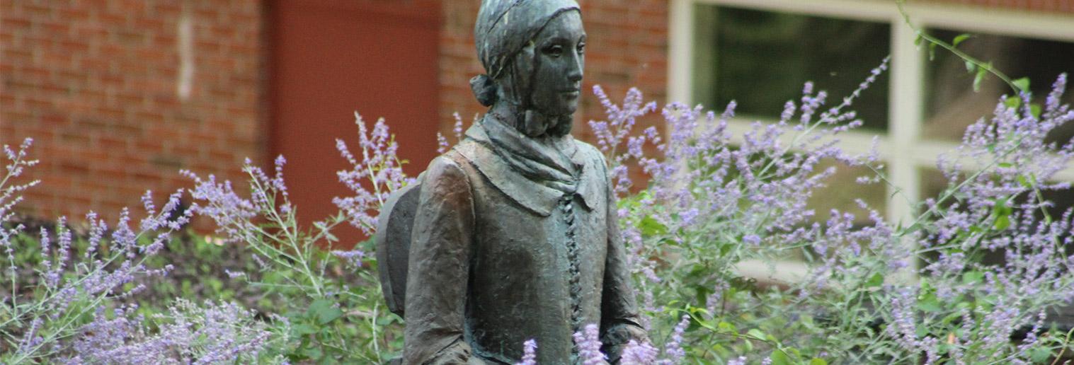 Benigna statue